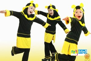setelan busana muslim anak bee. Ready stock Bee 01, size 7 (6-7tahun) rp.188.500- order SMS.081314165023 (SMS ONLY), Pin 2969012F
